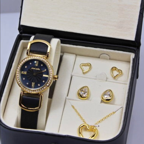 Pierre Cardin watch set with necklace and 2 earing Boutique